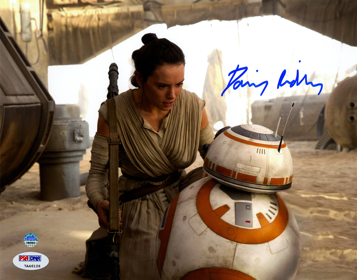 Daisy-Ridley-Signed-Rey-CloseUp-With-BB8-8x10-Photo--RIDLPHS008000~PRODUCT_01--IMG_1200-1776288536